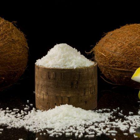 Premium Organic kuivattu kookospähkinä